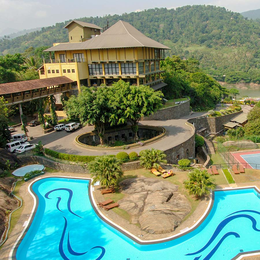 Swimming Pool in Kandy