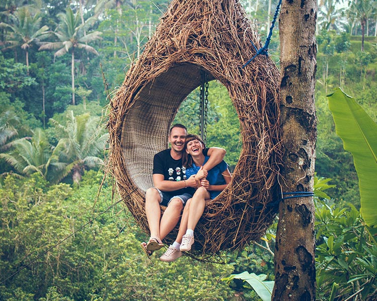 Couple Enjoying Honeymoon in Sri Lanka