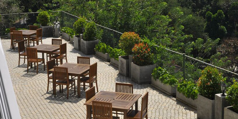 Outside Dining Tables at a Hotel in Kandy