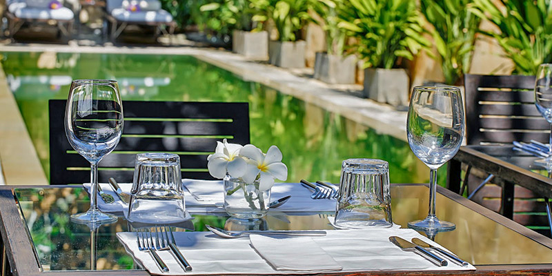 Outdoor Dining at a Hotel in Galle